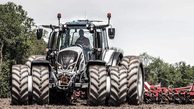 valtra n4 series tractor dual wheels 800 450